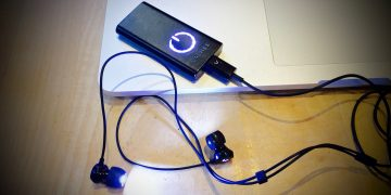 The Valkee Human Charger actually works. And we kind of can't believe how well.
