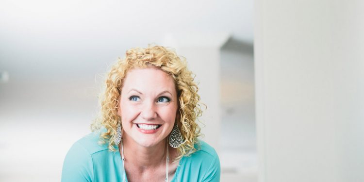 Alli Worthington is an expert in productivity, motivation, and finding your life's purpose.