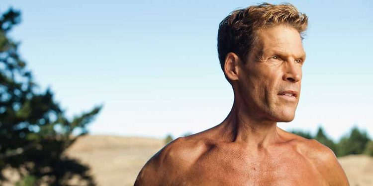 Dean Karnazes is the world's top ultra-marathoner, having run 50 marathons in 50 days. In this episode, we learn how he does it.